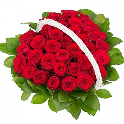 "Корзина ""Сердце из роз"""
