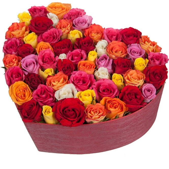 Коробка в форме сердца с розами микс