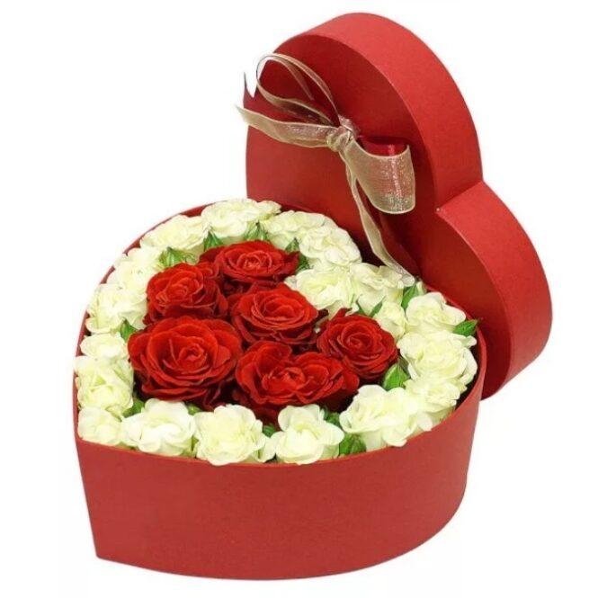 """Коробка в форме сердце """"С любовью"""""""